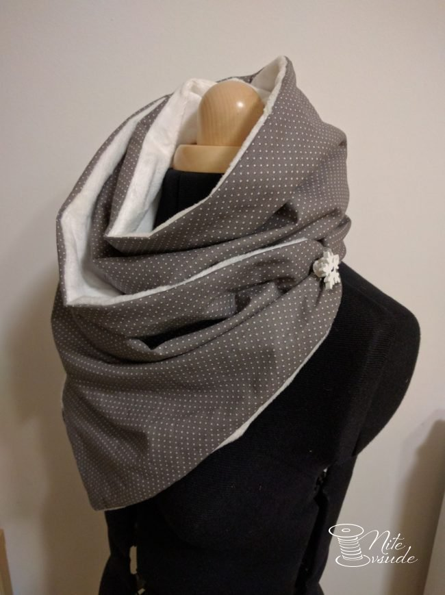 Šátek, šála nebo nákrčník? Návod